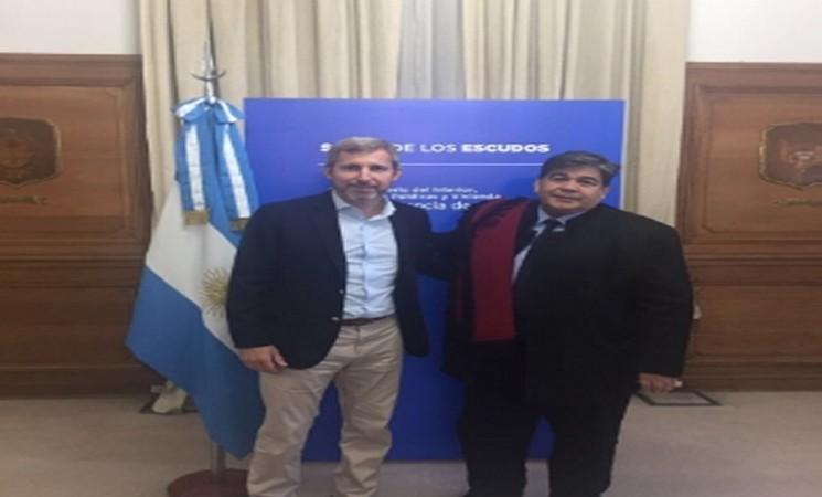 HOY EN LA CASA ROSADA EL INTENDENTE ISHII FIRMA ACUERDO DE TRASPASO A AySA